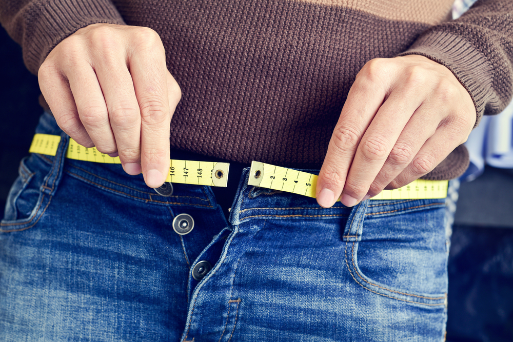 If your jeans, or even your stretchy pants are feeling tight, you'll want to check out these 4 easy steps from Personal Trainer Food to get rid of bloat and excess weight.