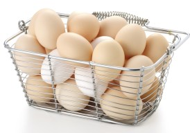 A basket of delicious eggs can help you lose weight faster.