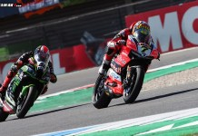 Chaz Daviez VS tom Sykes Race 1 WSBK Assen 2018