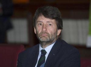 Il ministro dei Beni e delle Attivita' Culturali e del Turismo, Dario Franceschini, durante la conferenza stampa di presentazione della 24° edizione delle ''Giornate FAI di Primavera'', presso il Mibact, Roma, 9 marzo 2016. ANSA/GIORGIO ONORATI