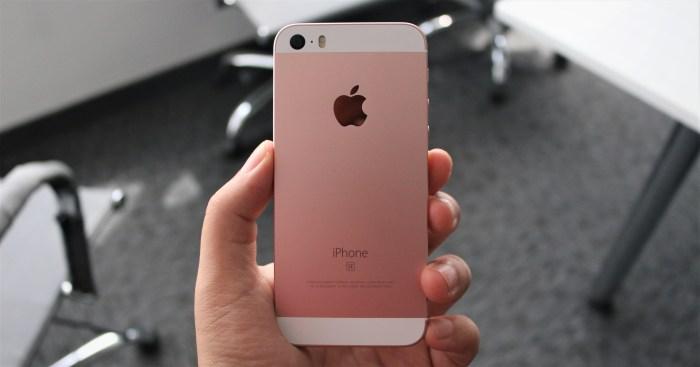 iPhone SE en oferta mientras esperamos que bajen los iPhone Xs