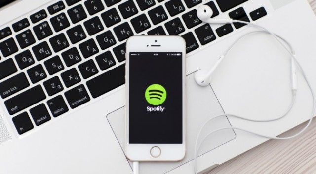 Spotify aumenta el límite de canciones descargadas y dispositivos conectados