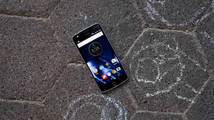 El Moto Z Play es el smartphone con mejor batería del 2016