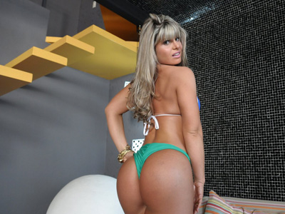 Carine Felizardo, mujer, revista, sexy, Miss Bumbun, desnuda, Brasil, fotos, brasileña, bikini, Rio de Janeiro, video