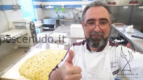 Mazzolini Mauro sembra fiero dell'operato dei suoi alunni.