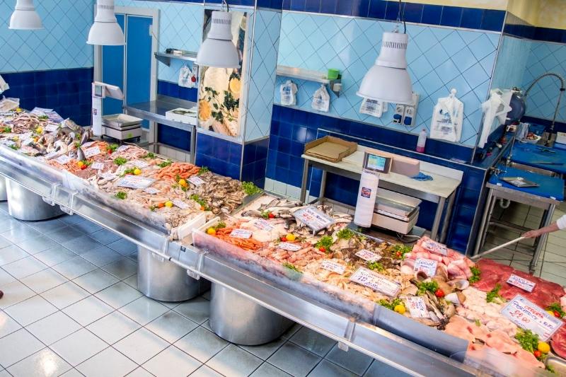 Gallery  Pescherie Linea Azzurra Genova pesce fresco