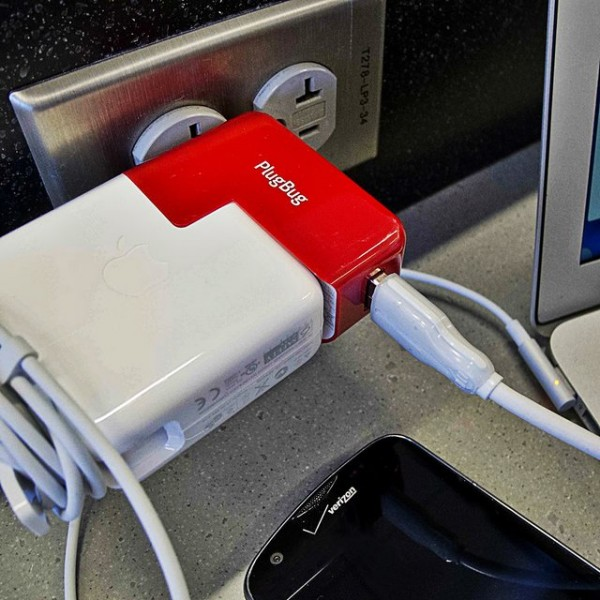 PlugBug USB + MacBook Dual Charger by Twelve South