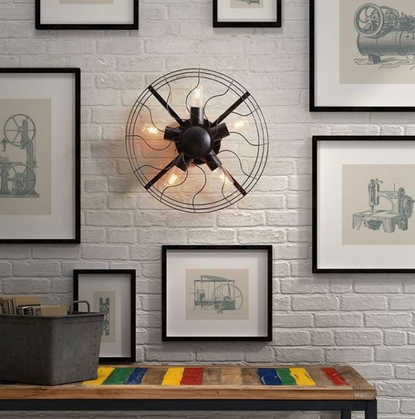 Hunter Wall Lamp