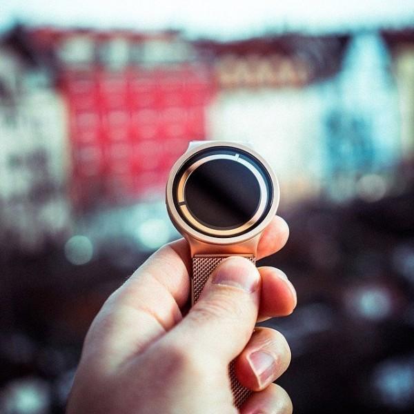 Eclipse Metallic Watch by ZIIIRO