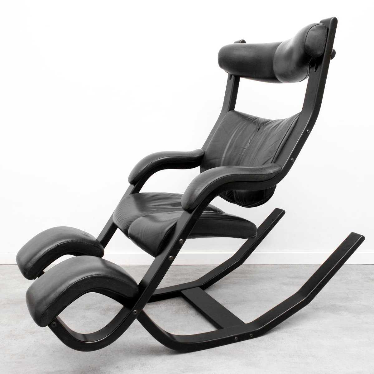 stokke gravity balans chair recaro computer leather relax armchair by peter opsvik for