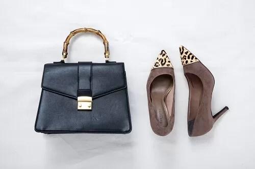 玉村麻衣子さん私物のバッグとパンプス