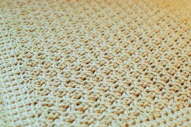 Tunisian Crochet Dish Drying Mat Pattern | www.petalstopicots.com