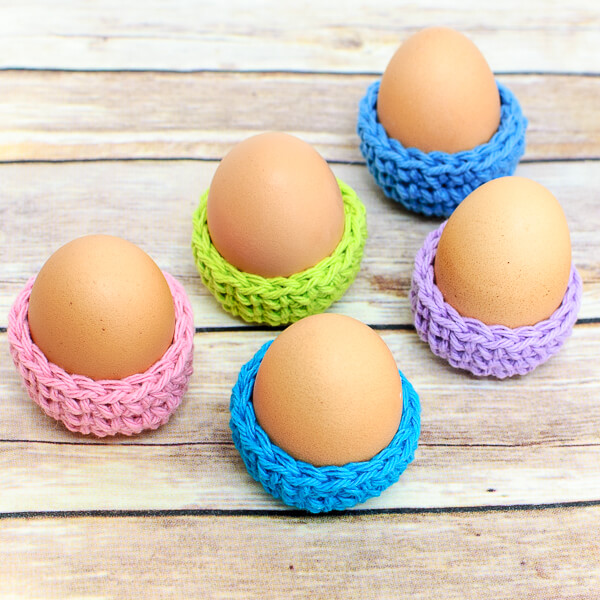 Easter Egg Cozy from Petals to Picots