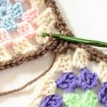 Joining Granny Squares With the Join As You Go (JAYGO) Method