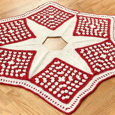 Crochet Christmas Tree Skirt Pattern — Part 1: The Grannies