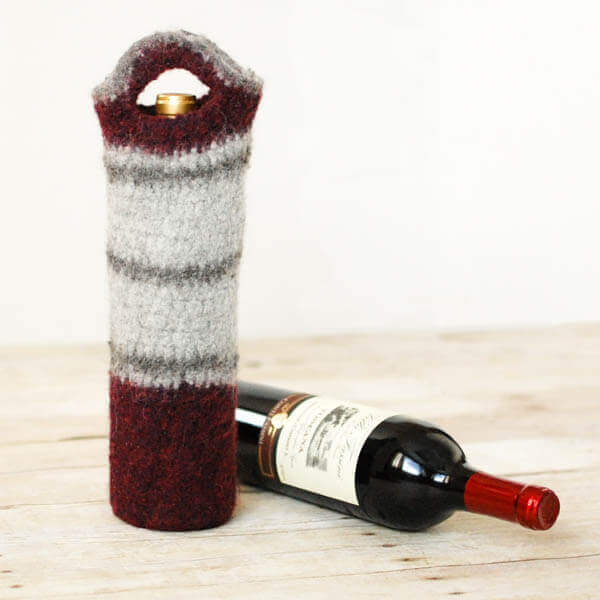 Free felted wine tote crochet pattern