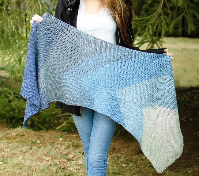Transitions Crochet Wrap Pattern | www.petalstopicots.com | #petalstopicots
