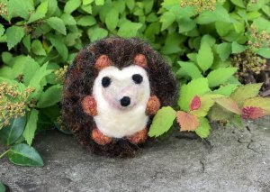 Needle Felted Hedgehog Tutorial