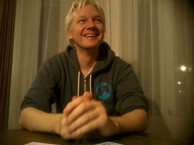 Parcel Camera Captures Photos of Julian Assanges Life in Hiding julianassange 3