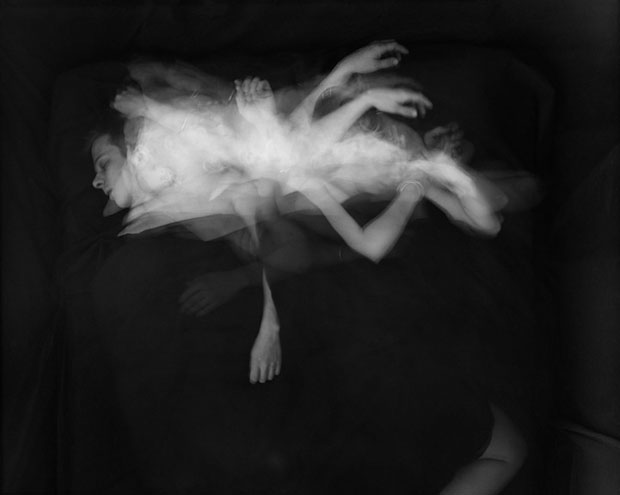 Long Exposure Photos Showing Couples Tossing and Turning at Night sleepofbeloved 10
