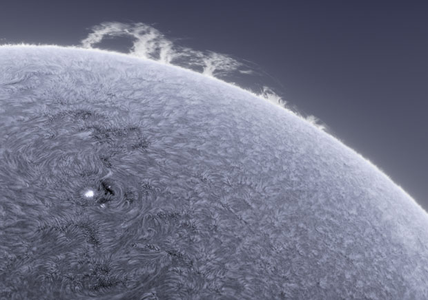 Photographer Captures Detailed Photos of the Sun From His Backyard sunphotos 12