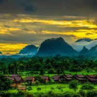 Đông Lào