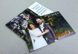 Kuparinvärisellä foliolla Kiitos -kortti