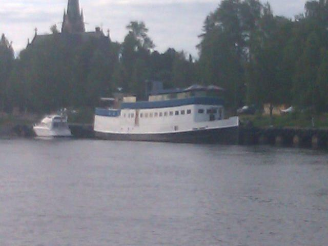 En av Umeås Restaurangbåtar