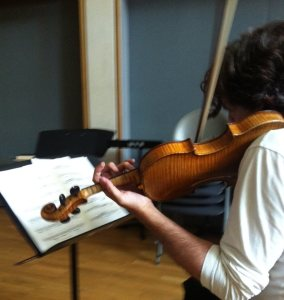 5th September 2013. -rehearsing Sadie Harrison's 'Gallery'. Enraptured by Amati. Photo-Sadie Harrison