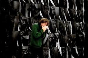 Jonatan Sersam improvising at Moderna Museet