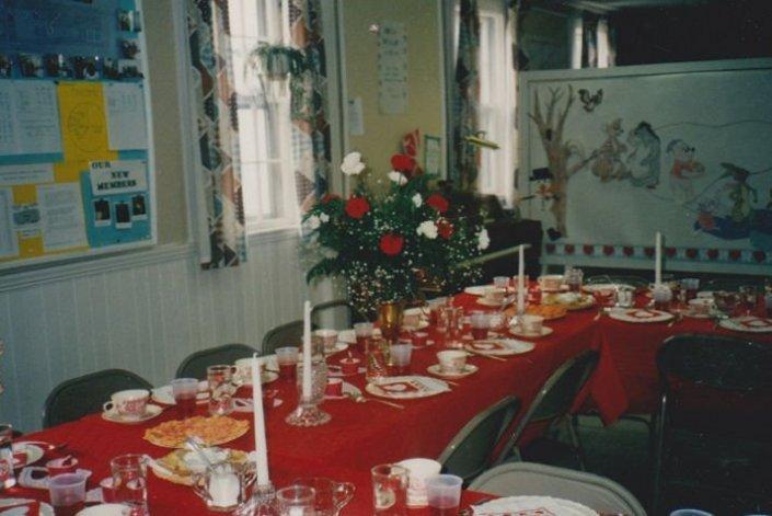 9302-valentine-luncheon-setup1o