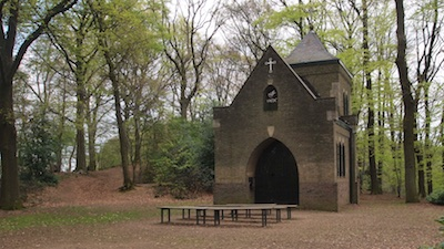 De Vredeskapel in het Mariapark op de Krekelberg
