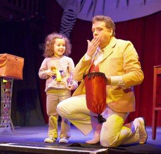 Le tour des rubans, idéal pour intégrer les enfants au spectacle