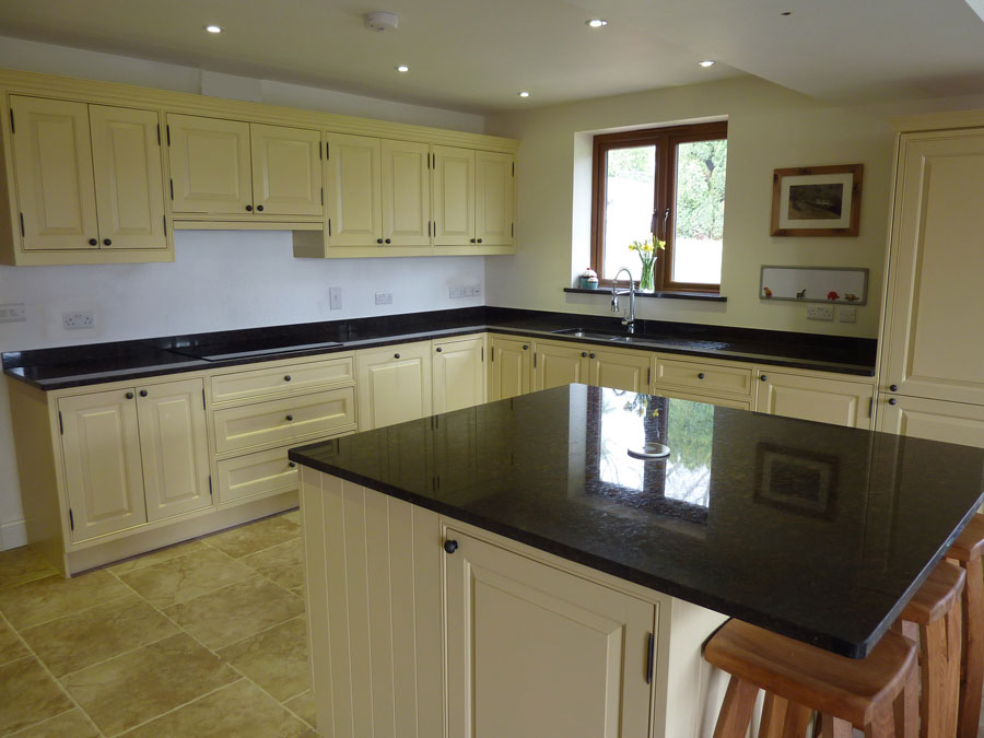 Country style painted hardwood kitchen by Peter Henderson