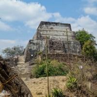 Climbing to El Tepozteco