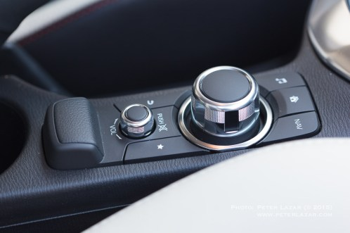 20150308_Mazda2_IMG_1780