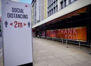 Social distancing on Oxford Stree, London