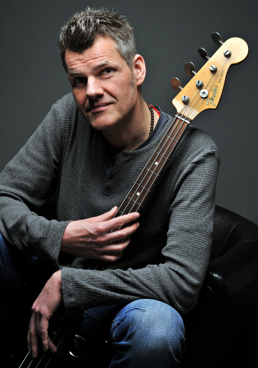 Peter Paulsen – bass guitar (Photo by Eyecup)