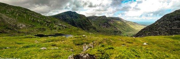 Llyn Bochlwyd, Y Garn, Foel Goch panorama