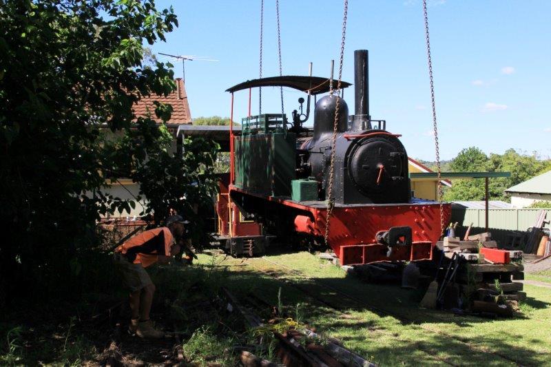 2015-0111: Loading the Hunslet for transport
