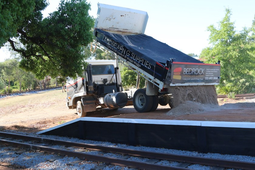Image 2017.1247: After the break over the Christmas / New Year period, work resumed on the platform on Monday 30th January with the delivery of the decomposed granite for the platform surface.