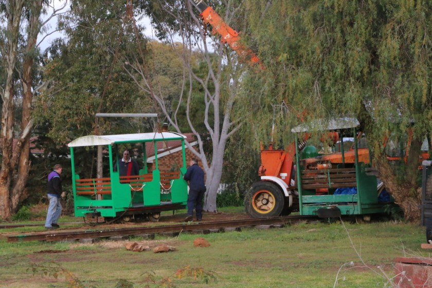 Image 2017.3226: Building up the operational carriage fleet – the overhauled car is returned to the tracks. Monday 10/7/2017.