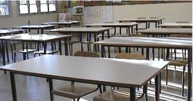 Allerta meteo, le scuole continuano a rimanere chiuse