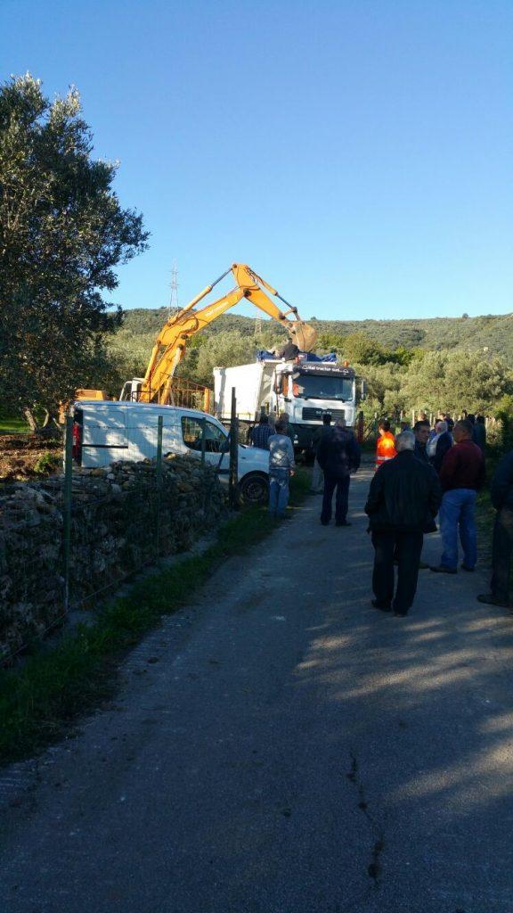 Protesta pacifica degli allevatori del Marchesato per chiusura totale dell'acqua