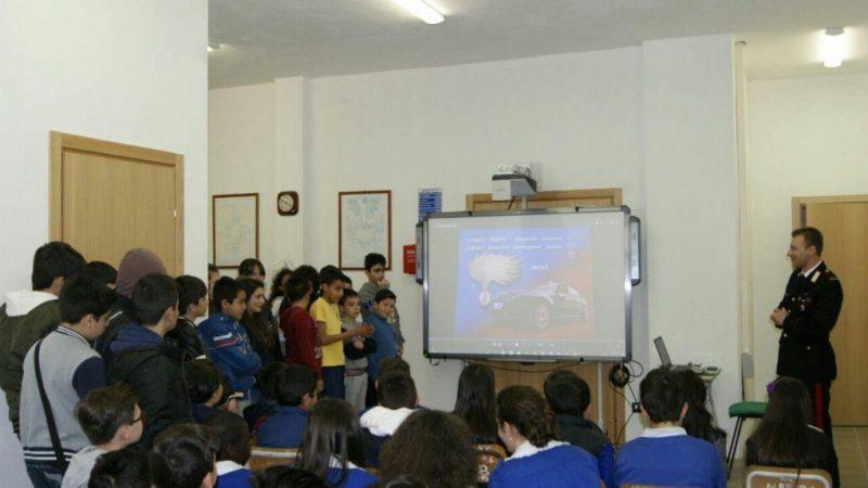 I Carabinieri della Compagnia petilina in visita nelle scuole presilane