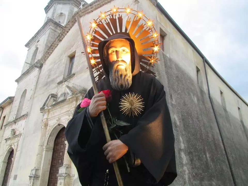 Per la prima volta nella storia la statua di San Francesco al santuario della Santa Spina