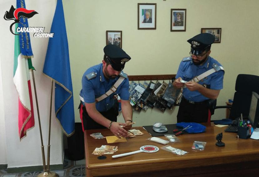 Cinque arresti tra Petilia Policastro e Mesoraca, denunciate anche due persone