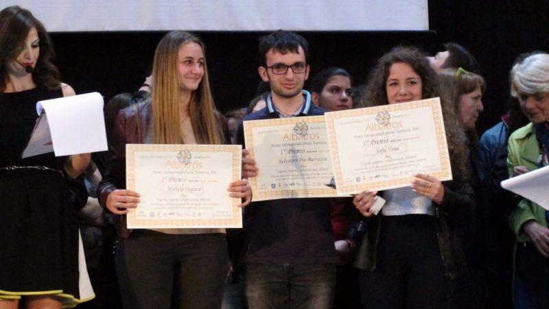 Primo posto del Premio Albatros per i liceali del Satriani