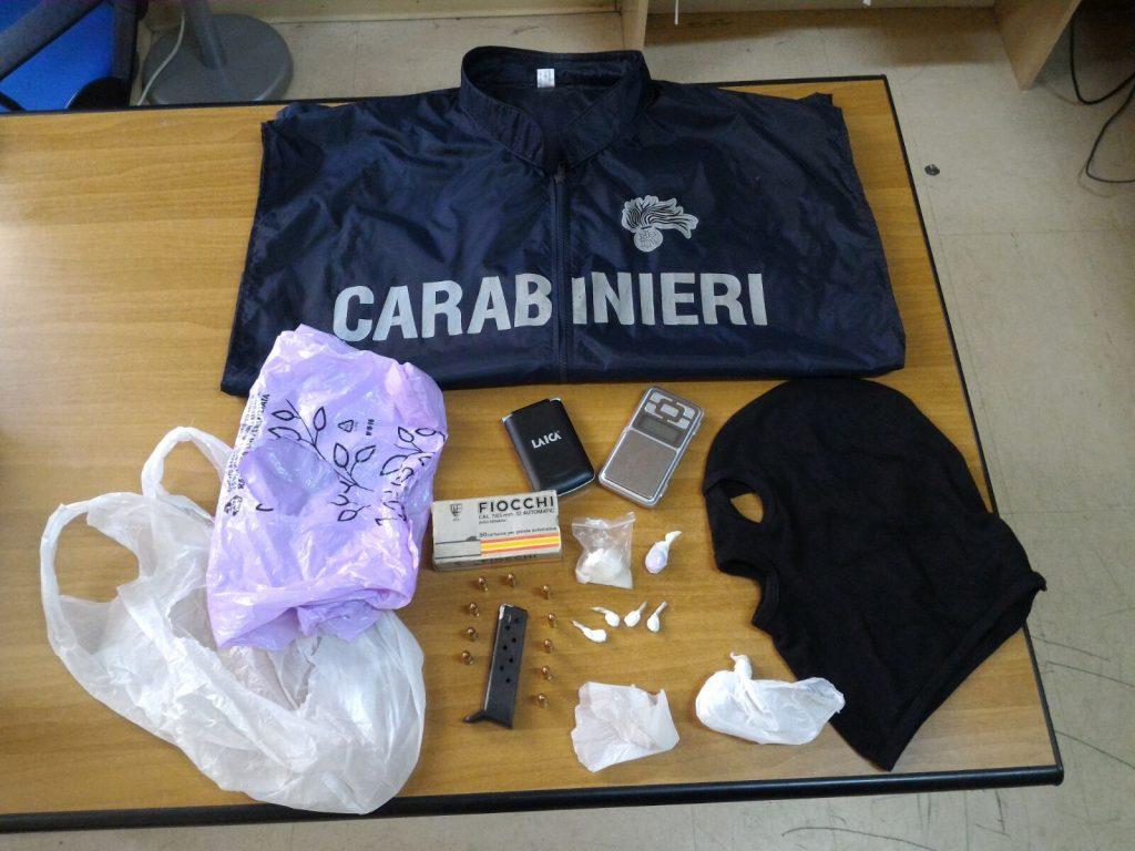 Rinvenuta droga e munizioni a Cutro grazie a Sambor e ad un espediente dei Militari