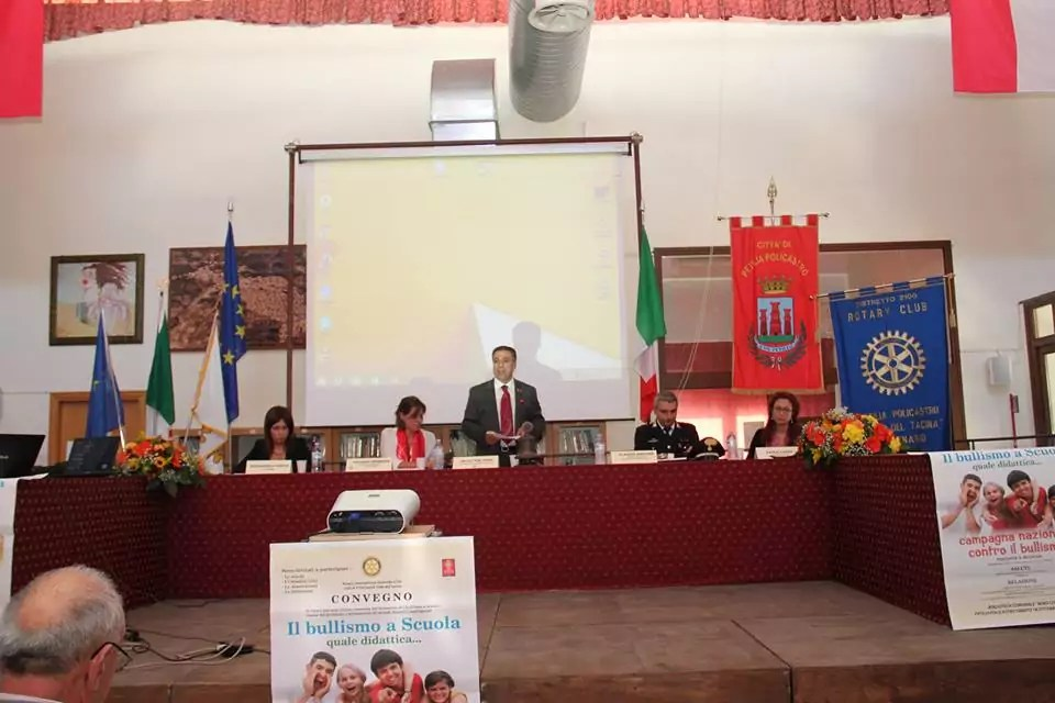 Il bullismo presentato dal Rotary Club di Petilia